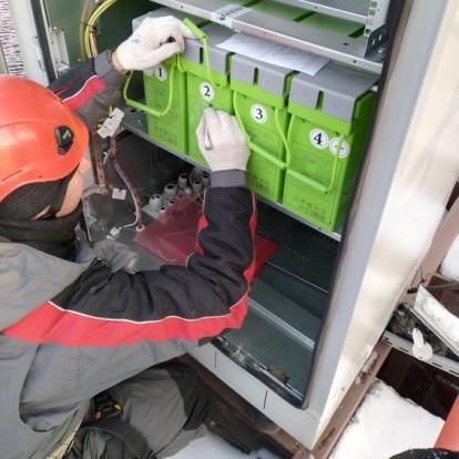 Обслуживание электропитающих установок и аккумуляторных батарей